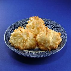 One Perfect Bite: Coconut Macaroons