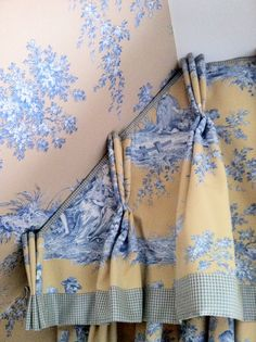 [solve an awkward roofline with a beautifully shaped drapery heading] Curtains And Draperies, No Sew Curtains, Drapery Panels, Valance, Dining Room Curtains, Pelmets, Custom Window Treatments, Window Dressings, Window Styles
