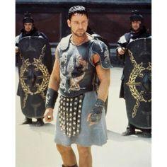 Russel Crow in Gladiator Gladiator Cast, Gladiator 2000, Gladiator Movie, Gladiator Characters, Gladiator Armor, Joaquin Phoenix, Spartacus, It Movie Cast, Movie Tv