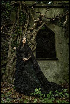 Model: Lady Amaranth Photographer: Kestrel dress: The Gothic Shop - www.the-gothic-shop.co.uk Welcome to Gothic and Amazing |www.gothicandamazing.org