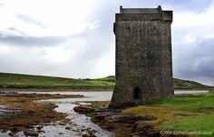 Rockfleet Castle, County Mayo Ireland  - ©2006 paul@cohesionarts.com