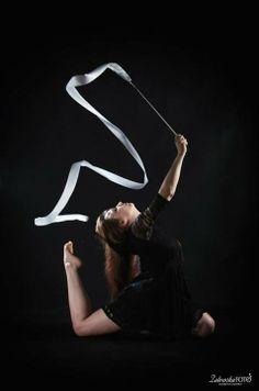 gymnastics, dance, ribbon,   www.zalewskafoto.pl