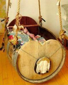 Essa vai para quem tem um barril de madeira e não tem medo de usar. Que tal fazer uma cama-balanço dessas?? Tenho certeza que as crianças vão amar!!! Obs: quero um barril pra fazer um de adulto!!  .. #designdeinteriores #homestyle #archilovers #decorlovers #home #decoração #decoratto #sustentabilidade #reutilizando #inspiração #inspiration #arquiteturadeinteriores #architecture #barril #madeira #balanco #reutilizando #projetosustentavel #ideiasustentavel #diy #decorattoie…