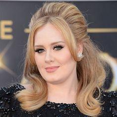 Make + cabelo de Adele no red carpet.