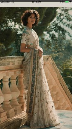 Sabyasachi Modern Indian Sari Press VISIT link above for more options Saree Draping Styles, Saree Styles, Indian Attire, Indian Ethnic Wear, India Fashion, Asian Fashion, Europe Fashion, Fashion Wear, Runway Fashion