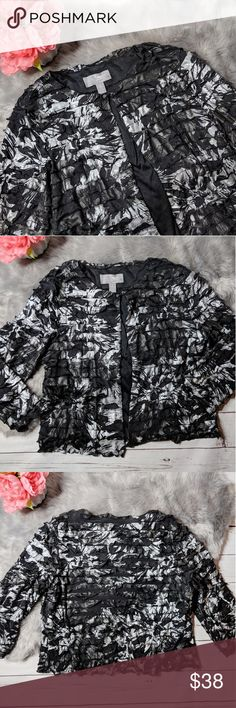 CHICO'S • travelers ruffled jacket Beautiful with no signs of wear. The perfect addition to your Chico's Travelers Collection.  Please note that Chico's size 1 is equivalent to size 8-10. Chico's Jackets & Coats
