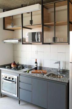 44 Inspiring Design Ideas for Modern Kitchen Cabinets - The Trending House Industrial Kitchen Design, Rustic Kitchen Cabinets, Modern Kitchen Design, Interior Design Kitchen, Industrial House, Kitchen Sets, Home Decor Kitchen, Kitchen Furniture, Home Kitchens
