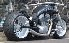 LMC Extreme Bikes | Lang Motorcycles und Custom Bikes - Harley ...