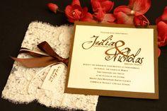 Hochzeit Einladungskarte selber machen Spitze bekleben