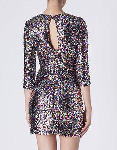 http://www.suiteblanco.com/es/es_es/vestidos/vestido-paillettes-escote-espalda-40441480199.html