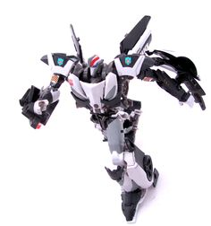 The Ultimate Transformers Website Awesome Toys, Cool Toys, I Am Awesome, Transformers Bumblebee, Transformers Prime, Mythological Monsters, Transformers Action Figures, Rising Sun, King Kong