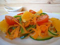 Tallarines de zanahoria y calabacín