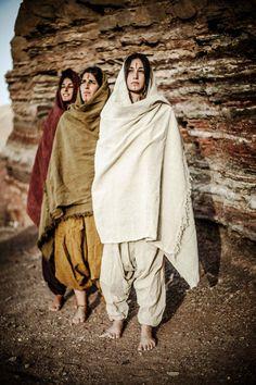 https://www.etsy.com/listing/189669238/menwomen-cotton-afghani-pants-different?ga_order=most_relevant