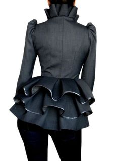 Spring Trend: the Statement Jacket – Fashion Style Magazine - Page 5 Mode Style, Style Me, Look Fashion, Womens Fashion, Fashion Design, Ruffle Collar, Straight Skirt, African Fashion, Mantel