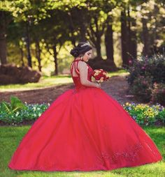 Mexican Quinceanera Dresses, Quinceanera Party, Quince Dresses, Prom Dresses, Quince Pictures, Quinceanera Photography, Pose Reference Photo, Sweet 16 Dresses, Dress Picture