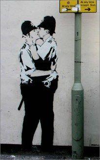 banksy-police-a-bussola-quebrada