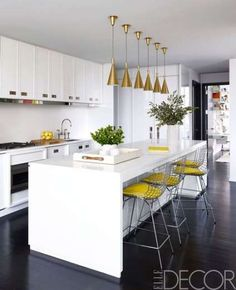 Modern Kitchen Lighting Over island . Modern Kitchen Lighting Over island . 8 Mind Blowing Kitchen Bar Ideas Modern and Functional Stylish Kitchen, Kitchen Design Small, Stylish Kitchen Island, Kitchen Remodel, Kitchen Decor, Modern Kitchen, Contemporary Kitchen, Kitchen Remodel Small, New Kitchen
