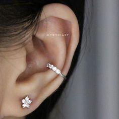 Cute Crystal Conch Ear Cuff Ear Piercing Ideas for Women - lindas ideas para pe. - Cute Crystal Conch Ear Cuff Ear Piercing Ideas for Women – lindas ideas para perforar orejas par - Helix Earrings, Bar Stud Earrings, Silver Drop Earrings, Turquoise Earrings, Clip On Earrings, Cute Ear Piercings, Multiple Ear Piercings, Inner Conch Piercing, Conch Piercings