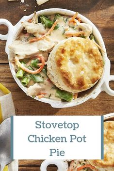 This homemade chicken pot pie recipe is anything but tedious—the whole thing can be made in one large saucepan. Pie Recipes, Delicious Recipes, Yummy Food, Homemade Chicken Pot Pie, Poultry Seasoning, Rotisserie Chicken, How To Make Cake, Green Beans