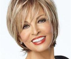 Which Haircuts Look Amazing on Older Women?