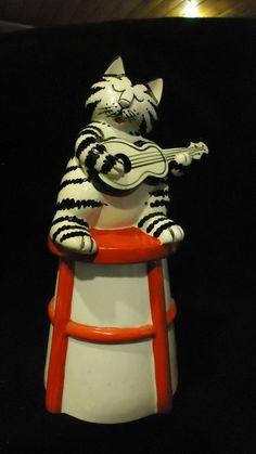 B KLIBAN VINTAGE CERAMIC COOKIE JAR WITH KLIBAN CAT PLAYING A GUITAR