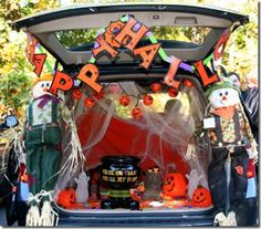 scarecrow trunk or treat