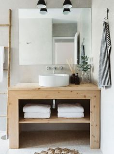 Bathroom cabinet made from recycled pallet wood with washbasins in imitation stone and mirror - Mobile bagno singer ...