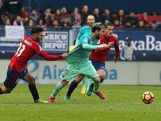 ĐIỂM NHẤN Osasuna 0-3 Barcelona: Barca quay về lối đá cổ điển. Messi vẫn trên đỉnh thế giới