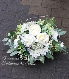 Funeral Arrangements, Flower Arrangements, White Wreath, Floral Wreath, Funeral Flowers, Black Flowers, Growing Vegetables, Centerpieces, Wreaths