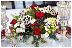 gorgeous christmas tables | What factors do you take into consideration when planning a tablescape ...