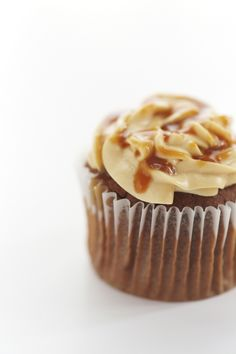 salted caramel & chocolate cupcake