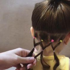 Easy Toddler Hairstyles, Cute Little Girl Hairstyles, Baby Girl Hairstyles, Short Hair For Kids, Girl Hair Dos, Hair Videos, Short Hair Styles, Hair Beauty, Diy Hair