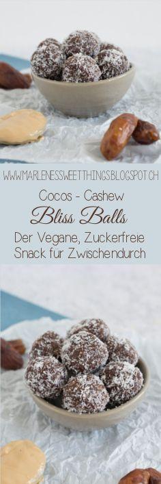 Cocos Cashew Bliss Balls sind Vegan, Zuckerfrei und sehr lecker. Die Energiekugeln schmecken wie roher Keksteig aus Kokosnuss und Cashew Nüsse. Der perfekte Snack für Zwischendruch.