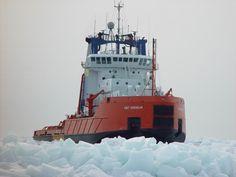 icebreaker ship