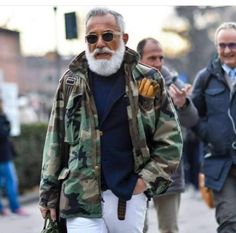 Pitti Uomo 2017 street style: the strongest looks and the newest trends from the streets of Florence, as fashion industry insiders descend upon the Italian trade show for Old Man Fashion, Mature Fashion, Military Fashion, Mens Fashion, Camo Jacket, Field Jacket, Military Jacket, M65 Jacket, Grey Beards