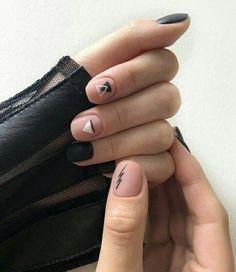 Amazing nails designs or nail polish. Nail Manicure, Diy Nails, Triangle Nails, Mens Nails, Soft Nails, Minimalist Nails, Dream Nails, Stylish Nails, Perfect Nails