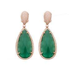 Pendientes de plata de ley rodiados en color bronce y piedra sintetica esmeralda.  Disponibles en kuara joyeros.