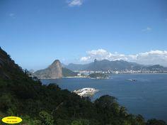 Outro lado Próximo ao Forte do Pico em Niterói, se tem essa paisagem da cidade do Rio de Janeiro.