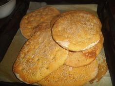από την Γιάννα Παρασχοπούλου     Υλικά   - 1 κιλό αλεύρι σκληρό     - φακελάκι μαγιά   - 2 κουταλάκια του γλυκού ζάχαρη   - 3 κουταλ... French Toast, Bread, Breakfast, Food, Morning Coffee, Eten, Bakeries, Meals, Breads