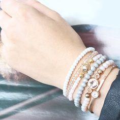 Raak geïnspireerd door deze leuke armbandjes met hippe top facet kralen!