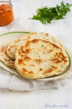 Flatbread z patelni Bread Recipes, Cooking Recipes, Polish Recipes, Food Design, Bread Baking, Bread Rolls, Cooking Time, Food Porn, Good Food