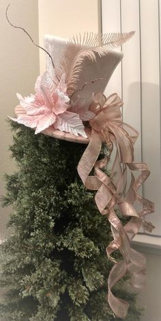Pink and Ivory Top Hat - Christmas Tree Topper Bow -Tree Topper Top Hat - Top Hat Centerpiece -Top Hat Tree Topper - Wedding Centerpiece Pink and Ivory Top Hat Christmas Tree Topper Bow Tree Diy Christmas Tree Topper, Diy Tree Topper, Christmas Tops, Ribbon On Christmas Tree, Christmas Tree Themes, Gold Christmas, Christmas Crafts, Victorian Christmas Tree, Xmas