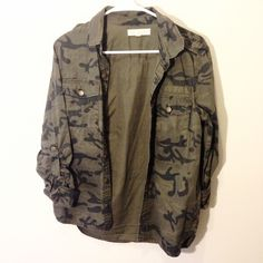 UO Green Camo Army Jacket Brand is staring at stars. Urban Outfitters Jackets & Coats