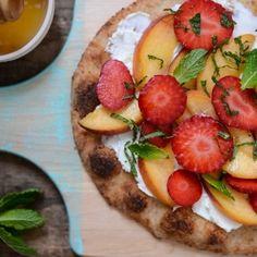 Accueil - Mouvement J'aime les fruits et légumes Pizza Dessert, Pizza Legume, Vegetable Pizza, Pancakes, Bbq, Strawberry, Vegetables, Breakfast, Comme