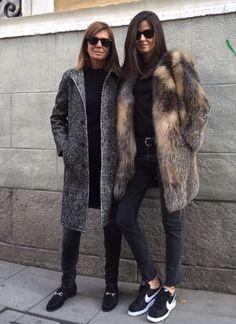 Find and save ideas about topics/street style on Women Outfits. Fall Winter Outfits, Autumn Winter Fashion, Barbara Martelo, Fur Coat Outfit, Winter Mode, Estilo Fashion, Winter Coats Women, Weekend Wear, Mode Inspiration