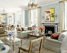 Gorgeous living room!