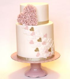 10 ruffle cakes très stylés pour les mariés en quête d'un gâteau tendance et original - Mariage.com