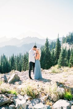 Mount Rainier Engagement Session | Kerry Jeanne Photography | Joy Wed | http://www.joy-wed.com