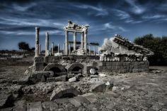 Akropol, Turkey