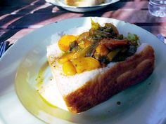 Bunny Chow in Soweto People Art, Chow Chow, Footprint, South Africa, Bunny, African, Breakfast, Food, Rabbit